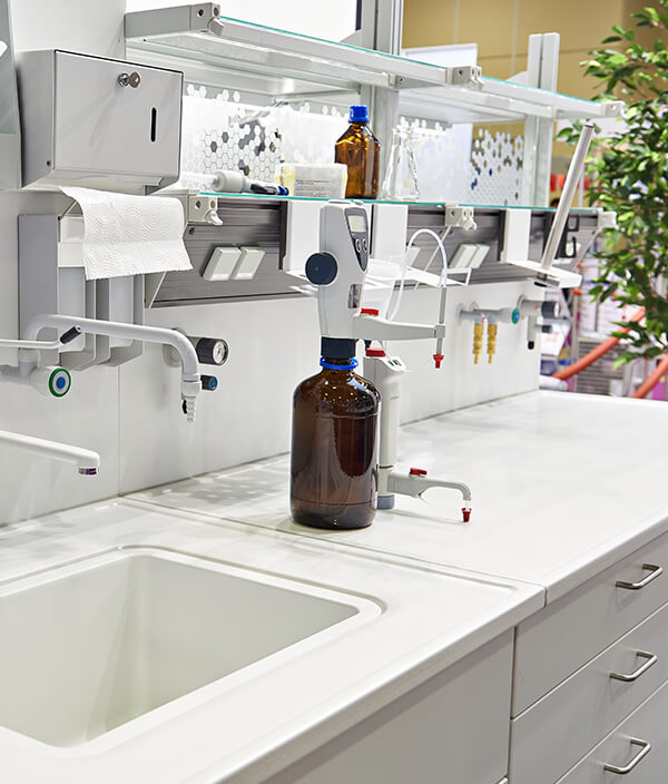 Cambridge Cleaners: Laboratory Cleaning - Complete Cleaning