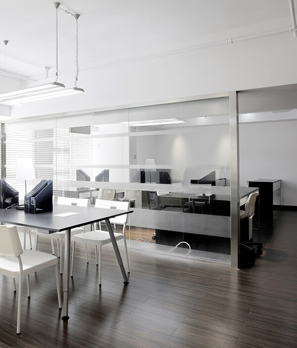 Commercial cleaning in Cambridge office